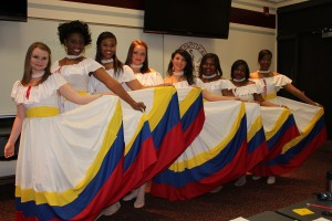 "<a href=""http://mlc.ua.edu/spanish/spanish-convention/span-conv-3/"" target=""_top"">More Spanish Convention Dancers 2012</a>"