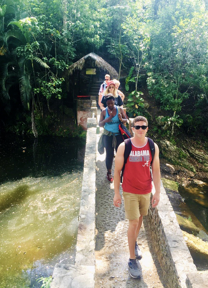 students on a study abroad trip to Peru